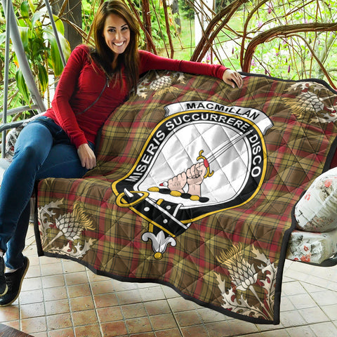 MacMillan Old Weathered Clan Crest Tartan Scotland Thistle Gold Pattern Premium Quilt K9