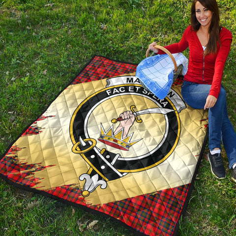 Image of Matheson Modern Clan Crest Tartan Scotland Gold Royal Premium Quilt K9