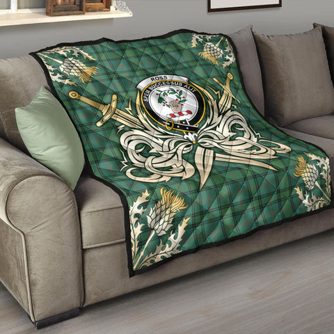 Ross Hunting Ancient Clan Crest Tartan Scotland Thistle Symbol Gold Royal Premium Quilt K9