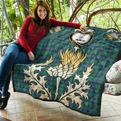 Shaw Ancient Clan Crest Tartan Scotland Thistle Gold Royal Premium Quilt K9