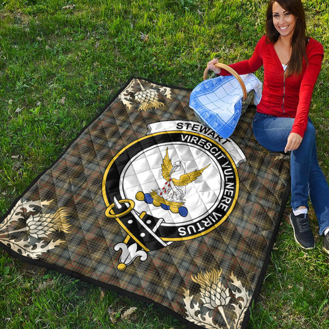 Stewart Hunting Weathered Clan Crest Tartan Scotland Thistle Gold Pattern Premium Quilt K9