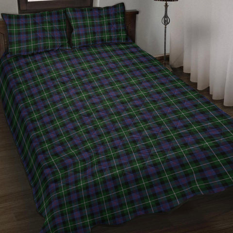 Image of Whitson Tartan Quilt Bed Set K7