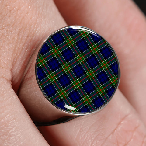 Colquhoun Modern  Tartan Ring | scottishclans.co