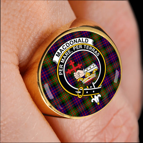 Image of MacDonald crest ring tartan gold on finger