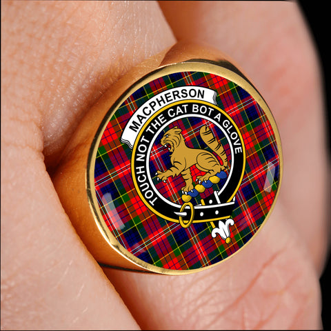 Image of MacPherson Modern crest ring tartan gold on finger