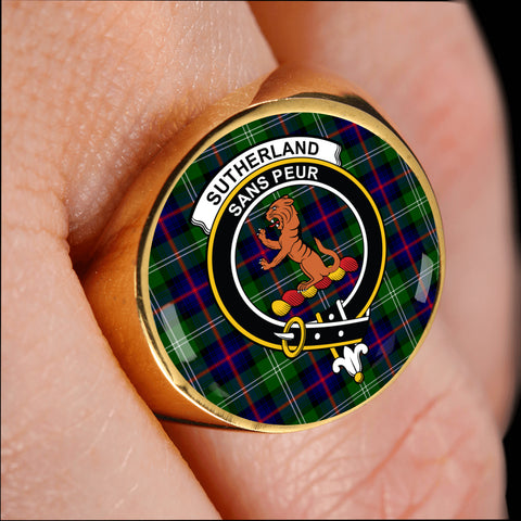 Sutherland II crest ring tartan gold on finger