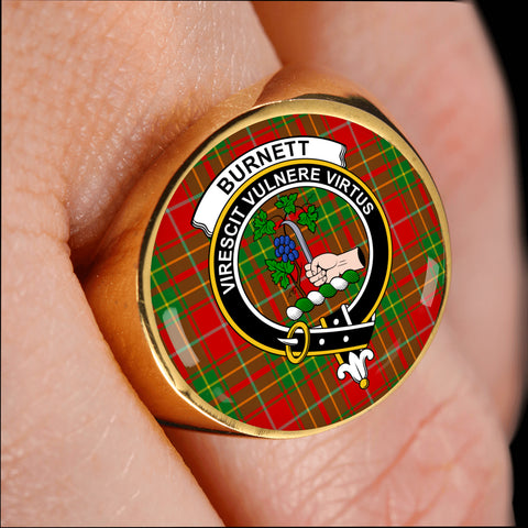 Burnett Ancient crest ring tartan gold on finger