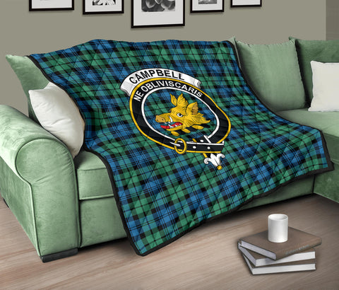Campbell Ancient 01 Tartan Clan Badge Premium Quilt TH8