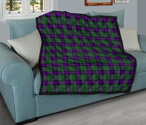 Image of Armstrong Modern Tartan Premium Quilt TH8