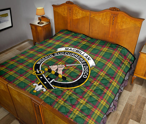 MacMillan Old Ancient Tartan Clan Badge Premium Quilt TH8