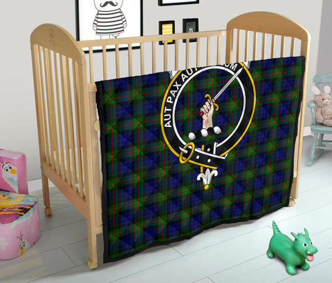 Image of Gunn Modern Tartan Clan Badge Premium Quilt TH8