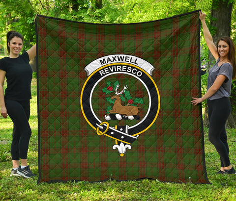 Image of Maxwell Hunting Tartan Clan Badge Premium Quilt | Scottishclans.co