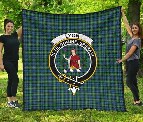 Lyon Clan Tartan Clan Badge Premium Quilt | Scottishclans.co