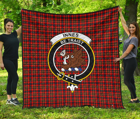 Innes Modern Tartan Clan Badge Premium Quilt | Scottishclans.co