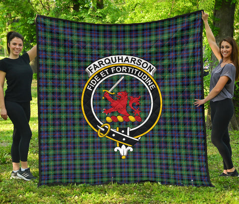 Farquharson Ancient Tartan Clan Badge Premium Quilt | Scottishclans.co
