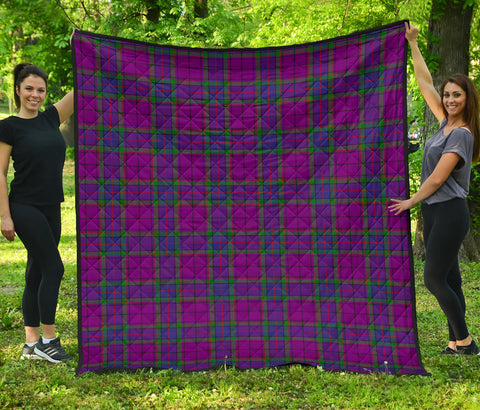 Image of Wardlaw Modern Tartan Premium Quilt | Scottishclans.co