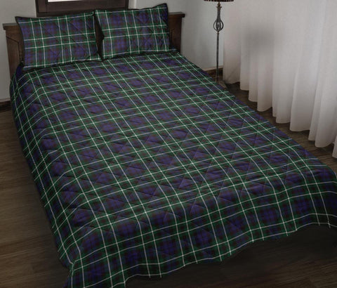 Graham of Montrose Modern Tartan Quilt Bed Set