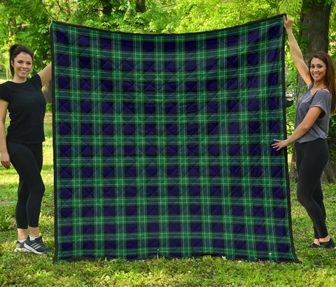 Image of Abercrombie Tartan Premium Quilt | Scottishclans.co