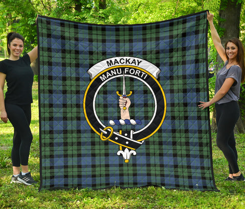 Image of MacKay Ancient Tartan Clan Badge Premium Quilt | Scottishclans.co