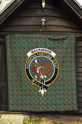 Image of MacKinnon Hunting Ancient Tartan Clan Badge Premium Quilt TH8