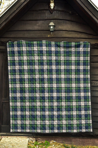Gordon Dress Ancient Tartan Premium Quilt TH8