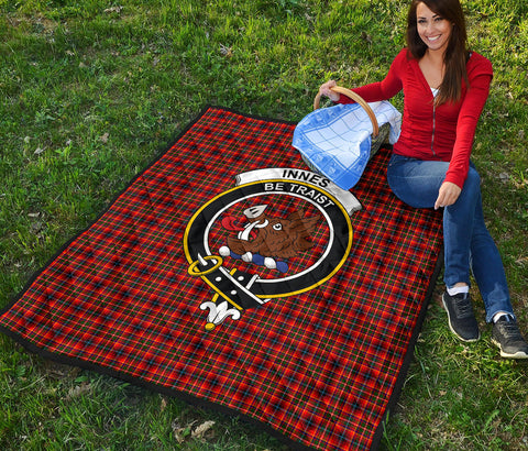 Innes Modern Tartan Clan Badge Premium Quilt TH8
