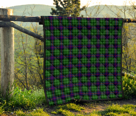 Image of Leslie Hunting Tartan Premium Quilt TH8