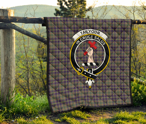 Taylor Weathered Tartan Clan Badge Premium Quilt TH8