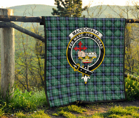 Image of MacDonald of the Isles Hunting Ancient Tartan Clan Badge Premium Quilt TH8