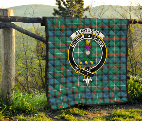 Image of FERGUSON ANCIENT Tartan Clan Badge Premium Quilt TH8
