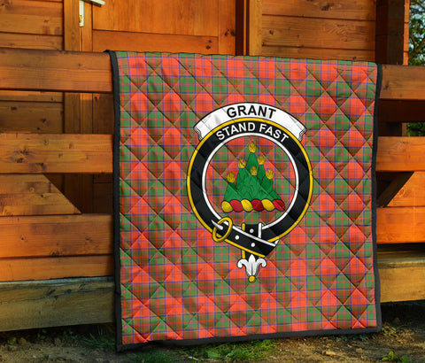 Image of Grant Ancient Tartan Clan Badge Premium Quilt TH8