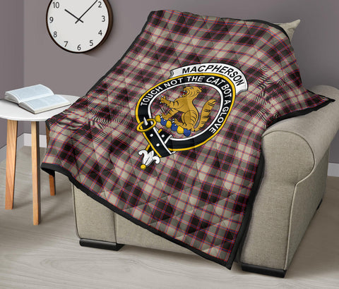 Image of MacPherson Hunting Ancient Tartan Clan Badge Premium Quilt TH8