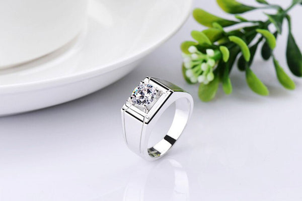 Solid 18K 750 White Gold Love Forever Memorable 0.5Ct Diamond Male Engagement Ring Au750 Gold Jewelry Promise Ring