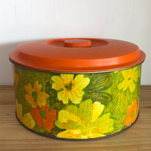 Willow cake canister