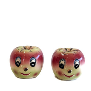 Kitsch apple salt & pepper set
