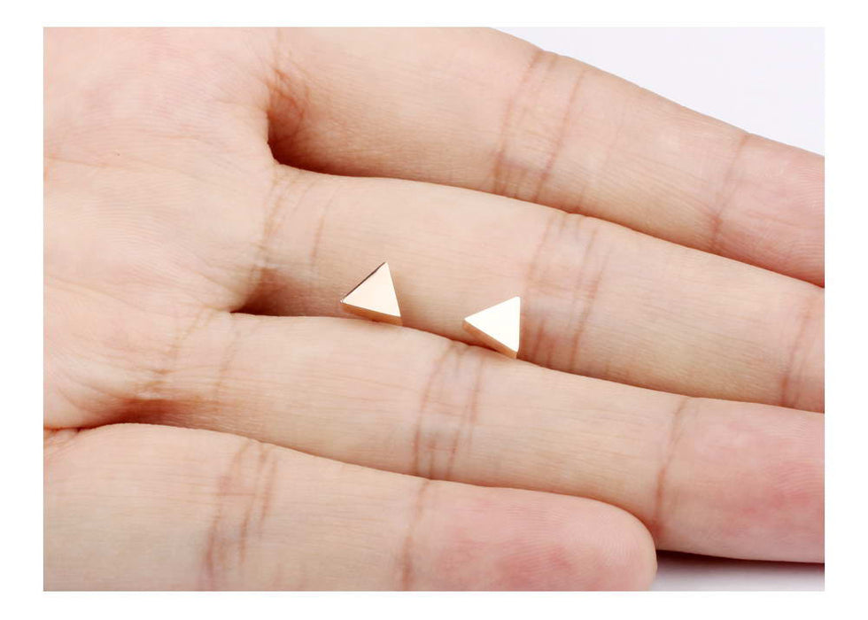 Champagne Gold Color Woman Stud Earring Classical Stainless Steel Triangle New Design Fashion Women Jewelry Earring