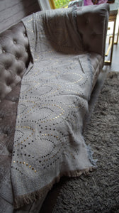 Studded Throw Rug - T-101