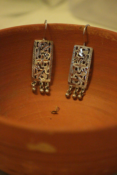 Vara earrings