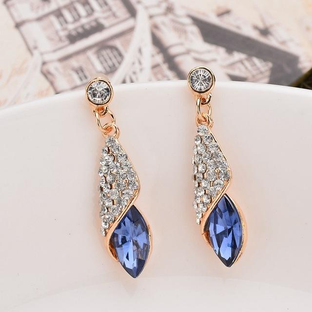 Rhinestone Water Drop Earrings - HighToneJewelry