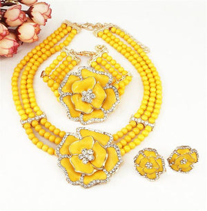 Traditional African rose jewelry beads set Dukaiko