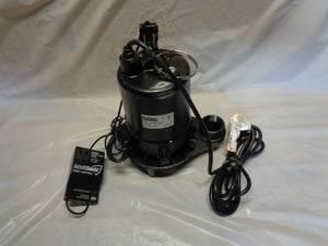 "Flotec E100ELT 1 HP Electric Submersible Cast Iron Sump Pump 1½"" FPT Discharge"