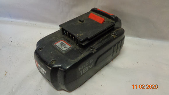 Porter Cable PCC489N 18 Volt Battery **PARTS/FIX** (1102-10)