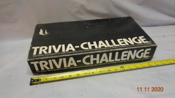 1984 Benchmark Vintage TRIVIA-CHALLANGE Board Game (1111-15)
