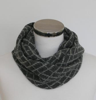 Scarf - Infinity Scarf Soft Merino Lambswool Coal Grey and Pearl GreyStone Wall Pattern