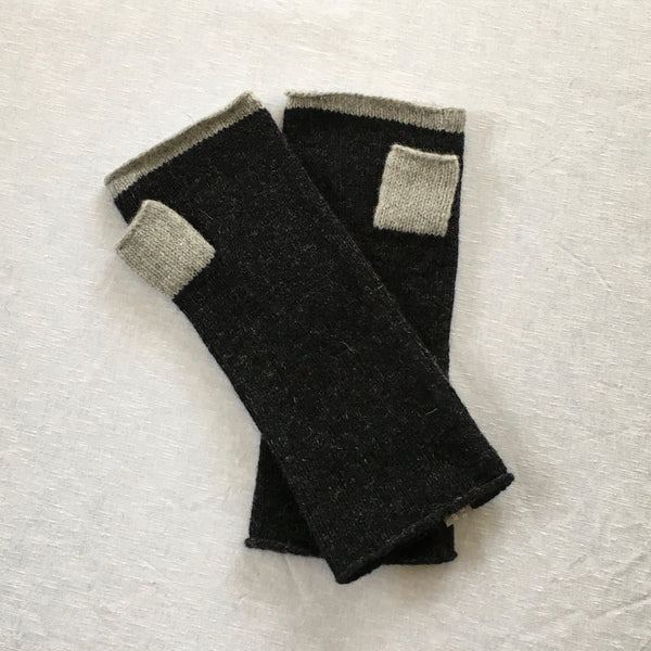 Mittens - Knitted fingerless mitts with contrast trims