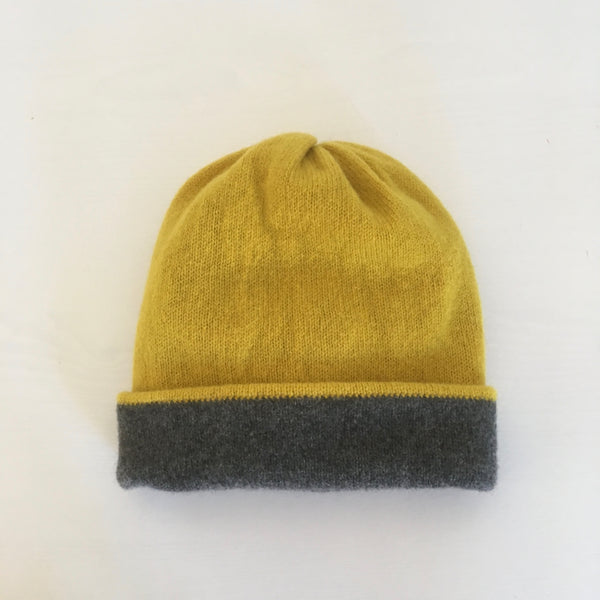 Hat - Soft Lambswool Revisable Beanie Hat in Piccalilli and Coal grey
