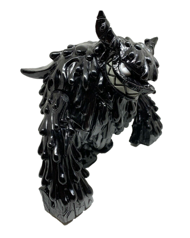 Magman Monster Sofubi Kaiju For Grownups Black Metalic Wonderwall Touma Limited Edition Sofvi Designer Toy