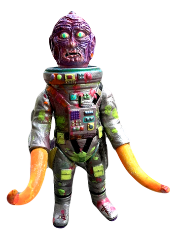 Space Creep Pretender Faux Human Ancient Astronaut Sofubi Mashup AEQEA Custom