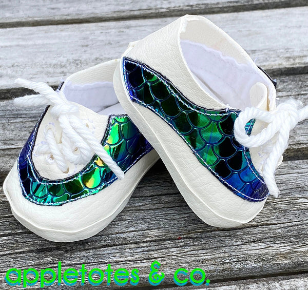 Lee Leather Sneakers ITH Embroidery Pattern for 18 Inch Dolls