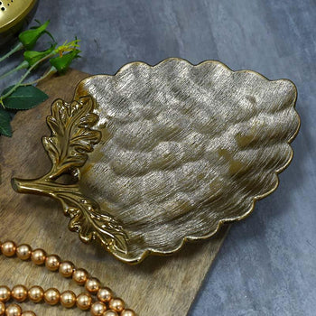 Stunning Leaf-Shaped Potpourri Platter